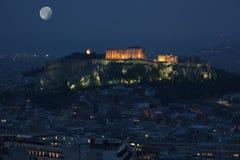 Atenakropol på fullmånen Royaltyfria Foton