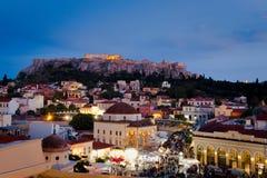 Atenas en la noche foto de archivo