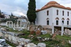 ATENAS, GRÉCIA - 20 DE JANEIRO DE 2017: Opinião Roman Agora em Atenas, Attica do por do sol Fotos de Stock