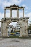 ATENAS, GRÉCIA - 20 DE JANEIRO DE 2017: Vista surpreendente do arco de Hadrian em Atenas, Attica Foto de Stock