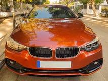 Atenas, Grécia 10 de maio de 2017 Carro desportivo do Lux estacionado na estrada Fotografia de Stock Royalty Free
