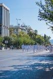 ATENAS, GRÉCIA - 16 DE SETEMBRO DE 2018: Parada militar para Grécia Guarda a cerimônia em mudança imagens de stock royalty free