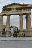 ATENAS, GRECIA - 20 DE ENERO DE 2017: Opinión Roman Agora en Atenas, Atica de la puesta del sol Fotos de archivo libres de regalías