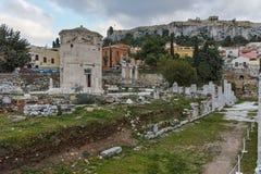 ATENAS, GRECIA - 20 DE ENERO DE 2017: Opinión Roman Agora en Atenas, Atica de la puesta del sol Foto de archivo