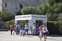 Atenas, o 6 de setembro: Tickets o quiosque no estádio de Panathenaic em Atenas de Grécia foto de stock