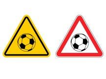 Atención del fútbol de la señal de peligro Juego amarillo de la muestra de los peligros Socce Imagenes de archivo