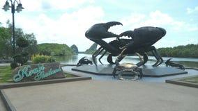 Atención grande del cangrejo en el krabi Tailandia Fotos de archivo