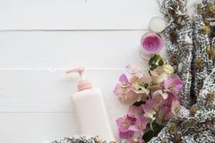 Atención sanitaria natural de la loción de los cosméticos para la piel fotos de archivo libres de regalías