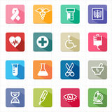 Atención sanitaria plana de la medicina de los iconos y fondo blanco Imagen de archivo