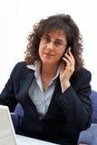 Atendimento da mulher de negócio Fotografia de Stock Royalty Free