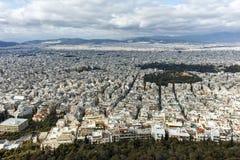 ATENE, GRECIA - 20 GENNAIO 2017: Panorama stupefacente della città di Atene dalla collina di Lycabettus, Attica Immagini Stock