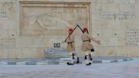 ATENE - LA GRECIA, GIUGNO 2015: il Parlamento greco osserva stock footage