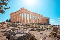 11 03 2018 Ateny, Grecja - Parthenon świątynia na słonecznym dniu Acr Obraz Stock