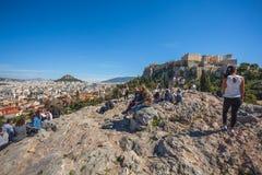 11 03 2018 Ateny, Grecja - turyści akropol w Ateny Obraz Royalty Free