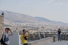 ATENY GRECJA, WRZESIEŃ, - 16, 2018: Grupa turystów podróżować obraz stock