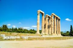 Ateny kolumny olympian zeus antyczna świątynia w Greece obraz royalty free
