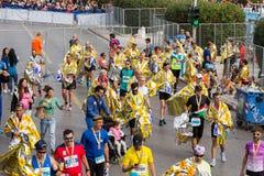 Ateny Maratońscy biegacze po kończyć rasy fotografia stock