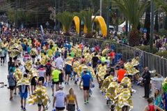 Ateny Maratońscy biegacze po kończyć rasy obraz royalty free