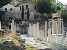 Ateny zwiedza stoa - Romańska agora - Zdjęcia Royalty Free