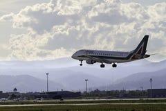 Aterragem de aviões Imagem de Stock Royalty Free