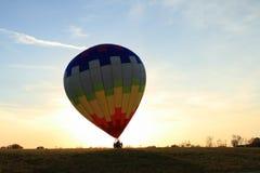 Aterragem do balão de ar quente Imagens de Stock