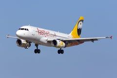 Aterrissagem após o voo de ensaio Fotografia de Stock Royalty Free