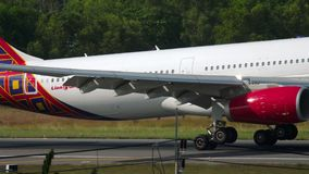 Aterrissagem de Airbus A330 video estoque