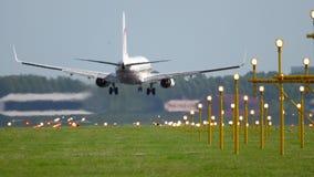 Aterrissagem de Royal Air Maroc Boeing 737 vídeos de arquivo