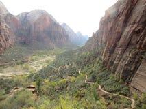 Aterrissagem do ` s do anjo, o vale da garganta, Zion National Park, Utá Imagem de Stock