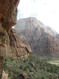A aterrissagem do ` s do anjo que caminha o trajeto, Zion National Park, Utá Foto de Stock
