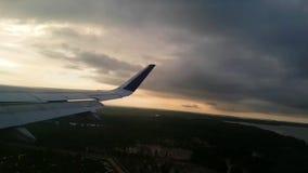 Aterrissagem falhada do avião video estoque