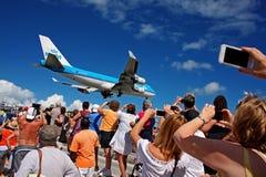 Aterrissagem na princesa Juliana International Airport - Saint Martin Fotografia de Stock