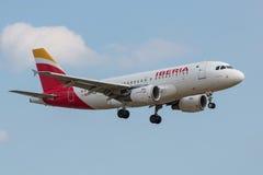 Aterrissagem plana de Iberia Linhas Aéreas Imagem de Stock