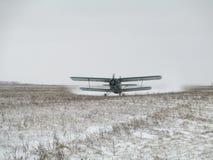 Aterrizaje AN-2 Fotografía de archivo libre de regalías