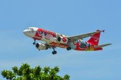 Aterrizaje de aeroplano del pasajero en el aeropuerto de Changi imagen de archivo libre de regalías