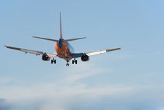 Aterrizaje de Boeing 737 Fotografía de archivo libre de regalías