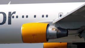 Aterrizaje de Boeing 767 del cóndor metrajes