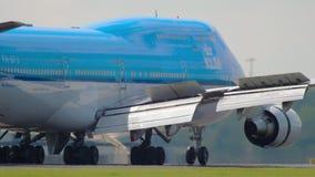 Aterrizaje de KLM Boeing 747 almacen de metraje de vídeo