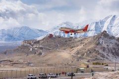 Aterrizaje del avión de Air India Imagen de archivo libre de regalías