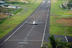 Aterrizaje del vuelo Foto de archivo libre de regalías