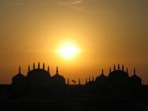 Aterrizaje en la puesta del sol Fotos de archivo