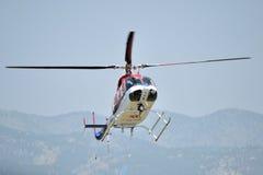 Aterrizaje médico del helicpter Foto de archivo libre de regalías