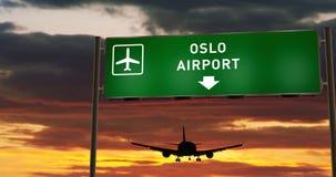 Aterrizaje plano en Oslo con el letrero foto de archivo