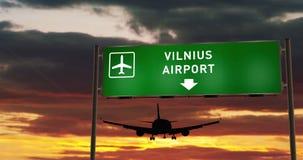 Aterrizaje plano en Vilna con el letrero almacen de metraje de vídeo