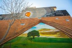 ATHÈNES, GRÈCE - art contemporain de graffiti sur des murs de ville Photos stock