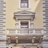 Athènes, Grèce, le balcon du bâtiment néoclassique photo libre de droits