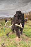 Athènes, Grèce le 17 janvier 2016 Modèle gigantesque de l'ère préhistorique au parc des dinosaures en Grèce Image stock