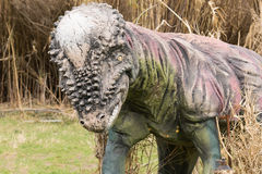 Athènes, Grèce le 17 janvier 2016 Modèle préhistorique de dinosaure au parc des dinosaures en Grèce Image libre de droits