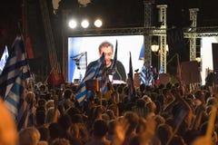 Athènes, Grèce, le 3 juillet 2015 Le maire d'Athènes, célébrités grecques et demonstrarte local de personnes au sujet du référend Image libre de droits
