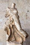 Athènes - le torse antique de la statue d'Acroterial Winged Nike dans le corrido externe dans Stoa d'Attalos photo stock